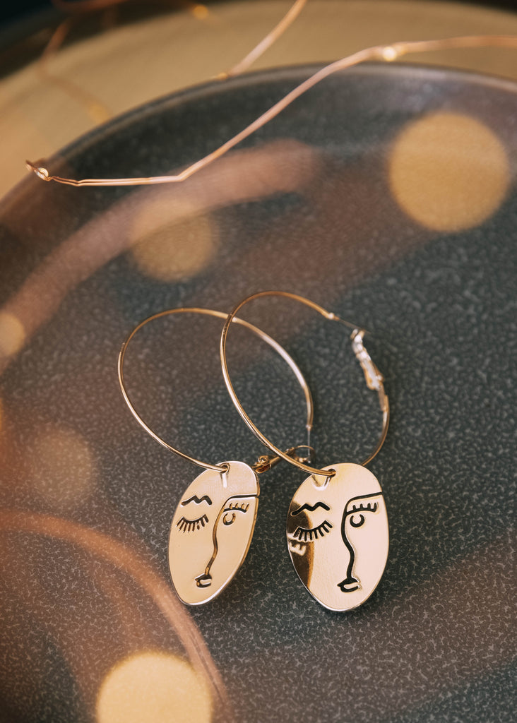 illea earrings