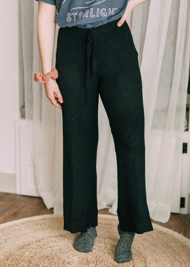 winter term lounge pants in black