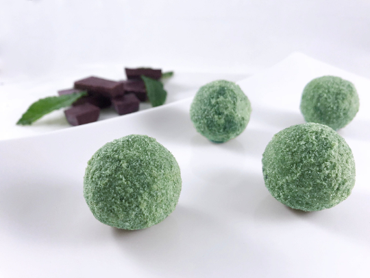 Keto Mint Chocolate Energy Dessert Balls Fat Bombs  4/8 pieces