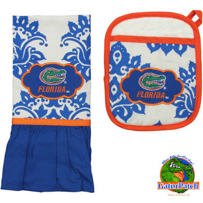 Gators Kitchen Towel and Pot Holder