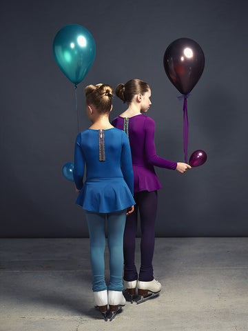 skating or danse leotards with removable skirt