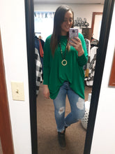 Load image into Gallery viewer, Kelly Green Dolman Sleeve Tunic Top