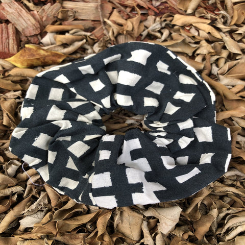 Scrunchies - White and black checkers
