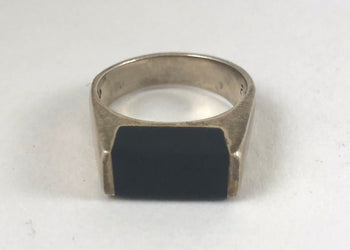 Nocturnal Onyx Ring - Butch - Boi - Stud - Masculine Queer Lesbian - Garnet Theory Jewelry for Queers
