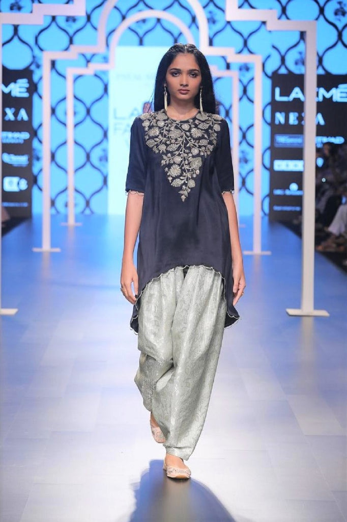 Kyra Black Embroidered High-Low Kurta