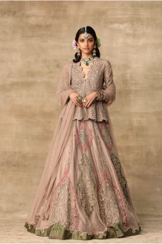 The Holly Lehenga