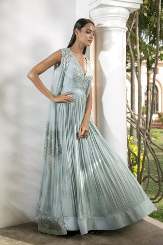 The Nohreen Gown
