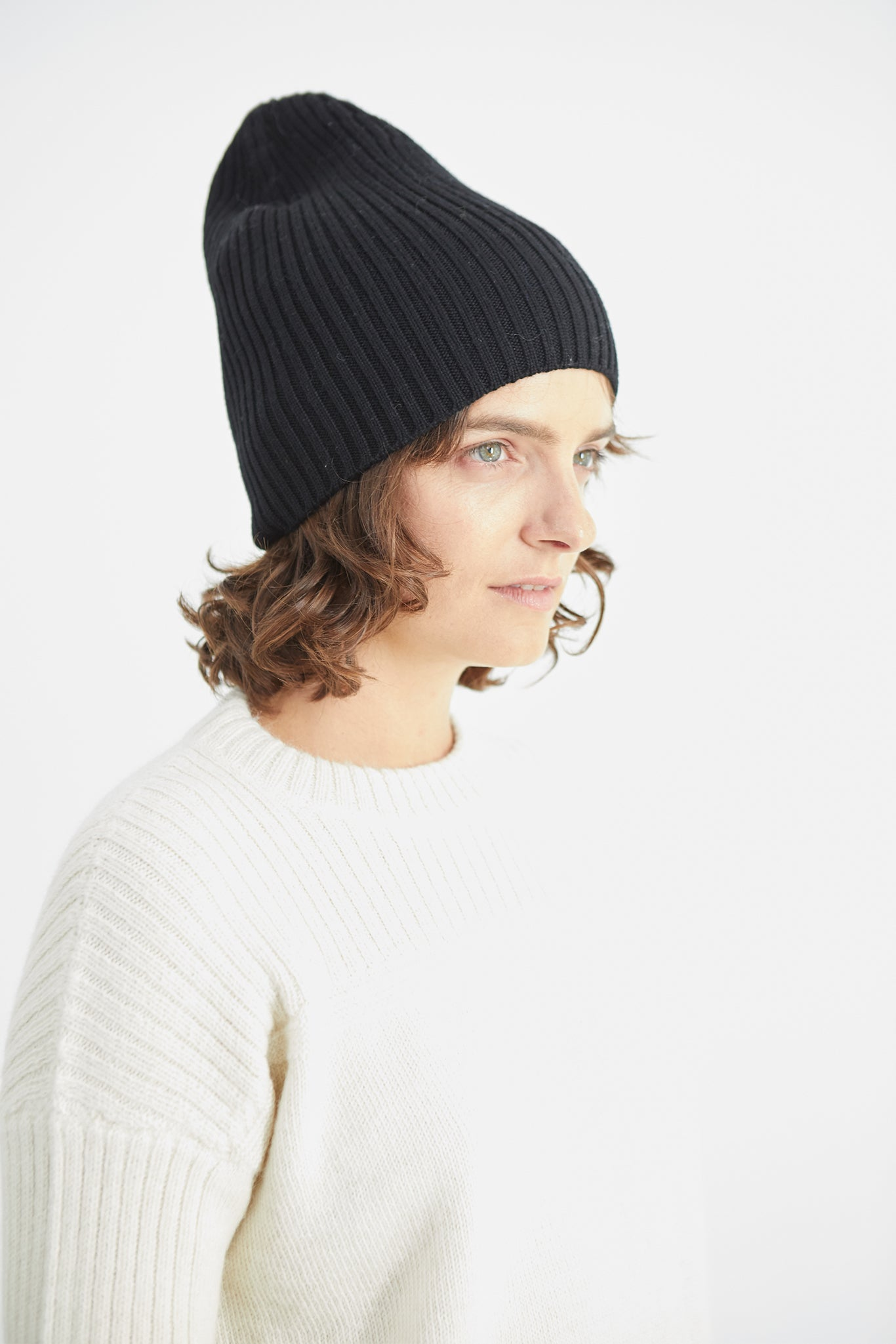 Atlantic Ribbed Merino Beanie - Black