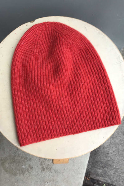 Recycled Cashmere Beanie - Red