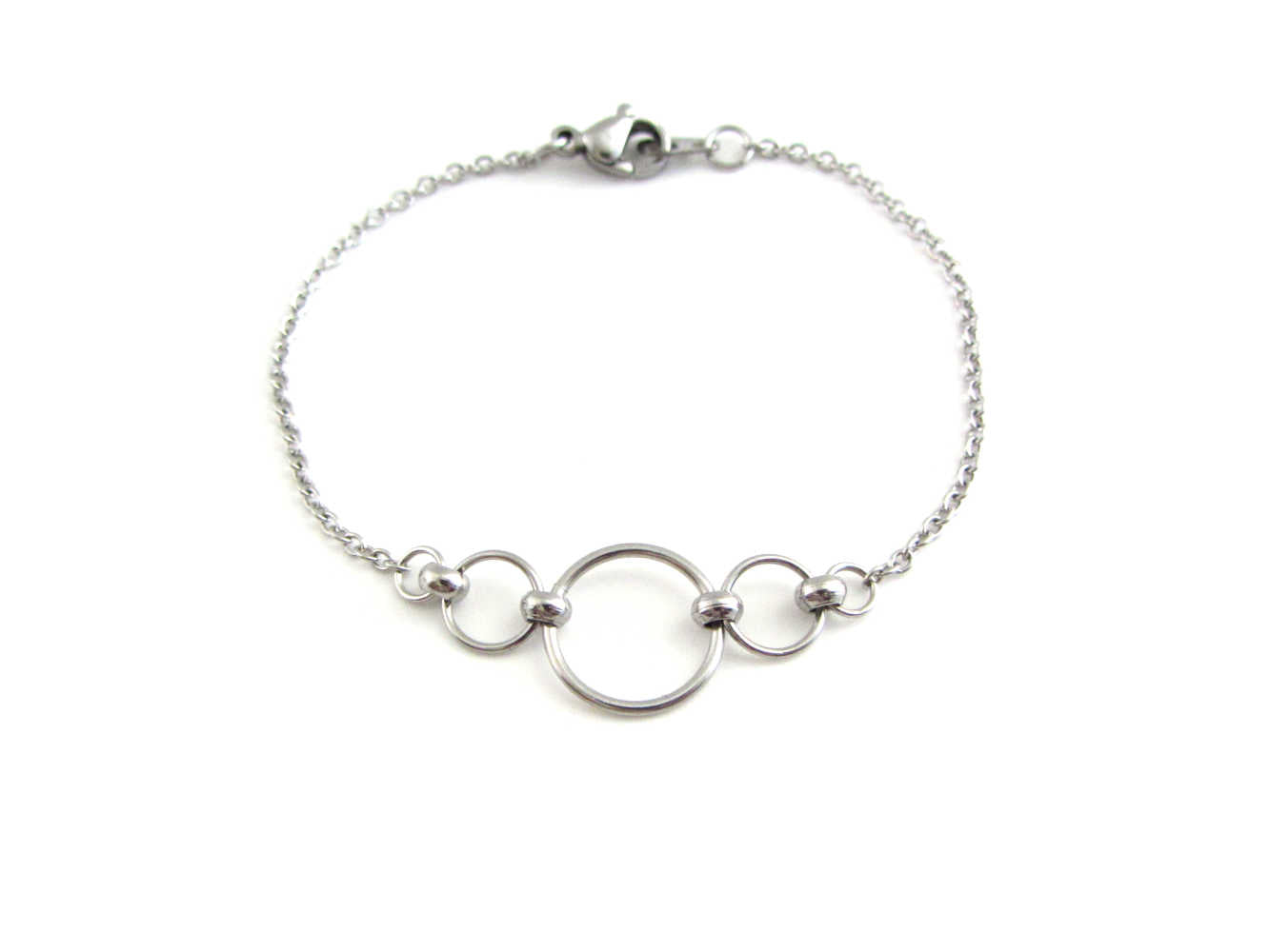 stainless steel beaded chainmaille linked circles bracelet