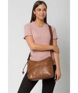 'Georgia' Conker Brown Leather Shoulder Bag image 2