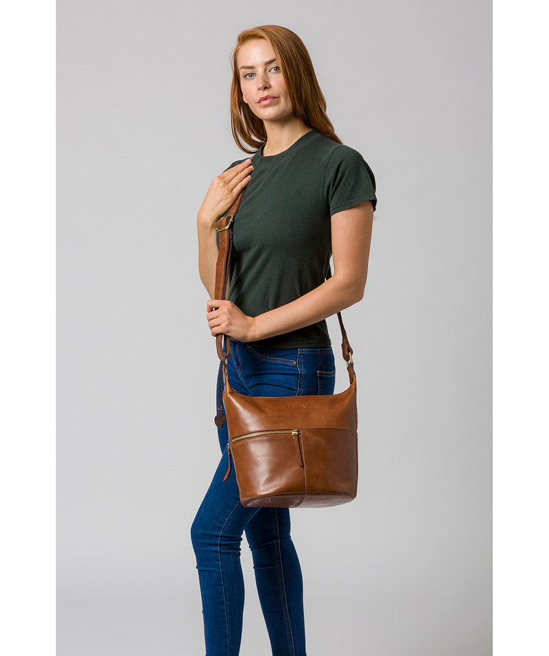 'Kristin' Conker Brown Leather Shoulder Bag image 2