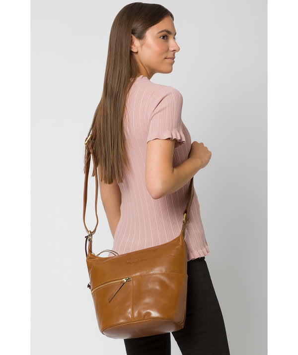 'Kristin' Dark Tan Leather Shoulder Bag