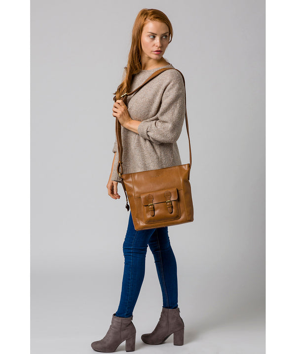 'Robyn' Dark Tan Leather Shoulder Bag image 2