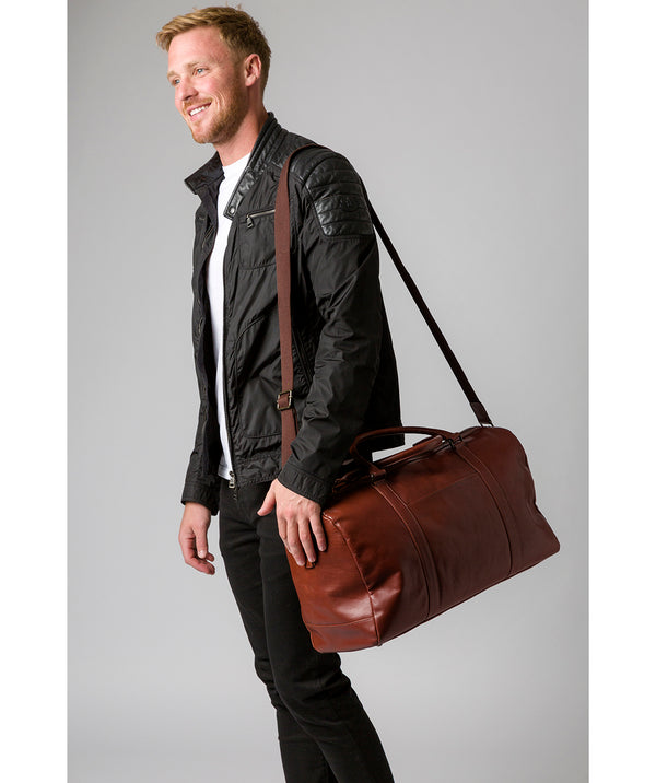 'Orton' Conker Brown Leather Holdall