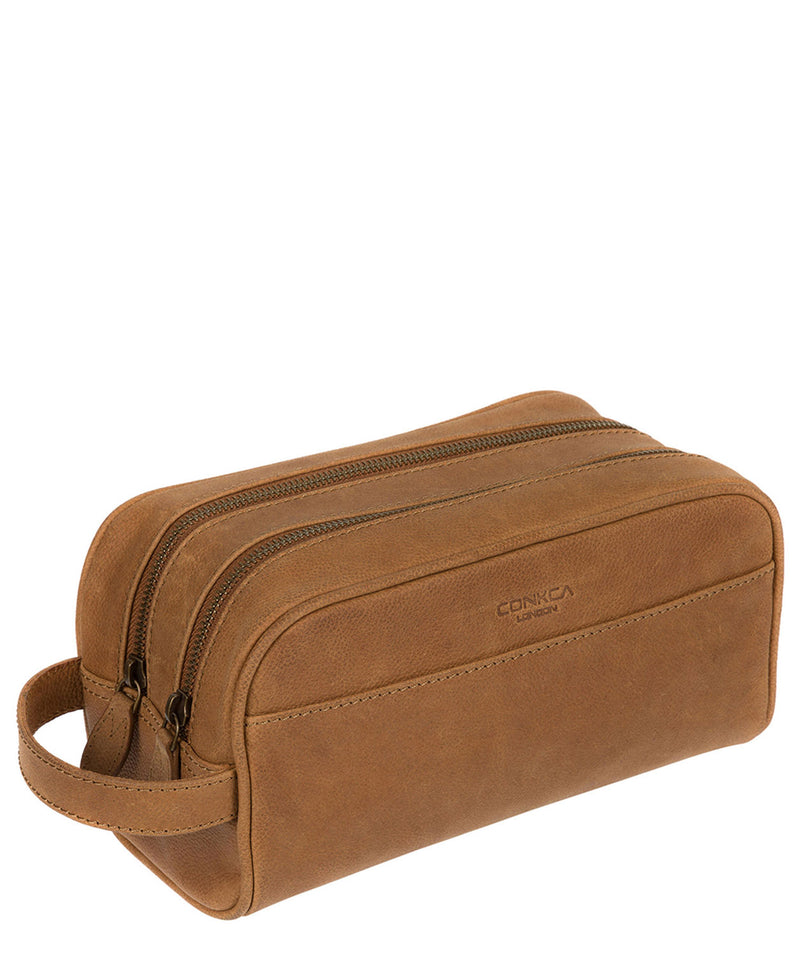 'Rudkin' Vintage Chestnut Leather Washbag