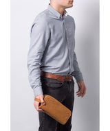 'Rudkin' Vintage Chestnut Leather Washbag image 2
