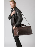 'Edu' Dark Brown Leather Holdall image 2
