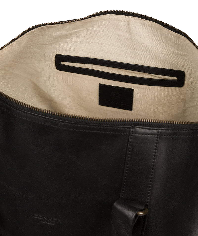 'Gerson' Black Leather Holdall image 4