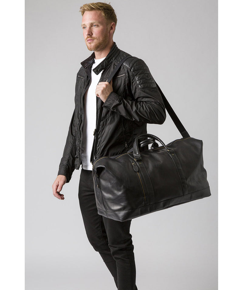 'Gerson' Black Leather Holdall image 2