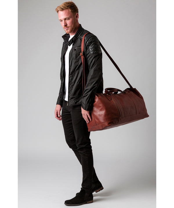 'Gerson' Conker Brown Leather Holdall