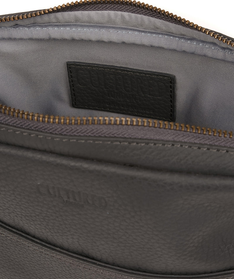 'Hop' Dark Grey Leather Despatch Bag image 4