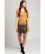 'Elizabeth' Olive Leather Shoulder Bag image 2