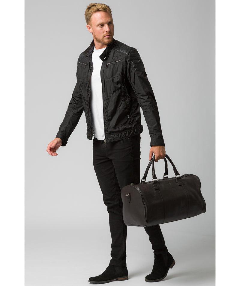 'Club' Dark Brown Leather Holdall image 7