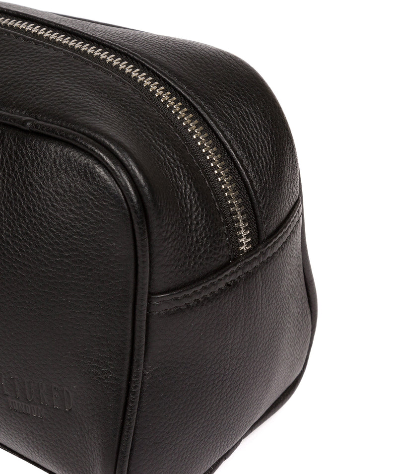 'Spader' Black Leather Washbag image 6