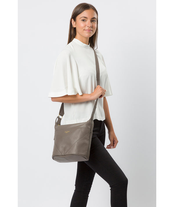 'Olsen' Silver Grey Leather Shoulder Bag image 2