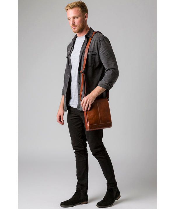 'Zoff' Italian-Inspired Umber Brown Leather Messenger Bag image 2
