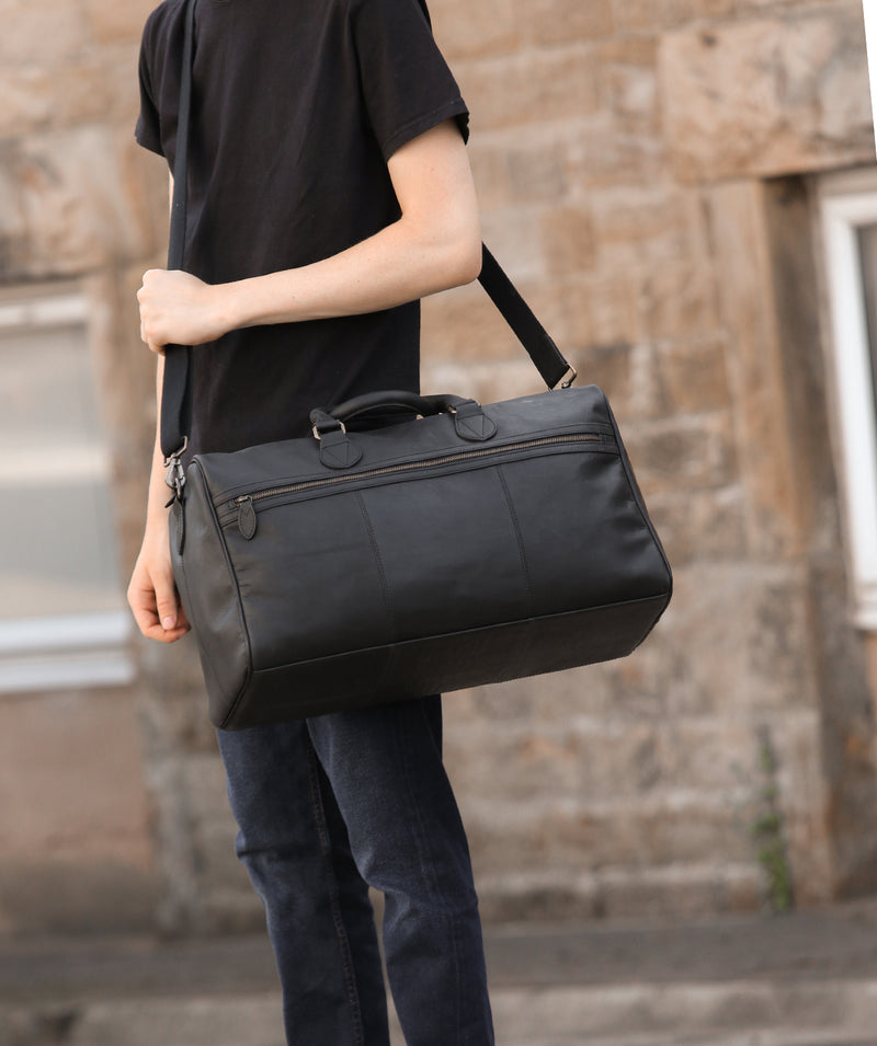 'Aviator' Matte Black Leather Holdall