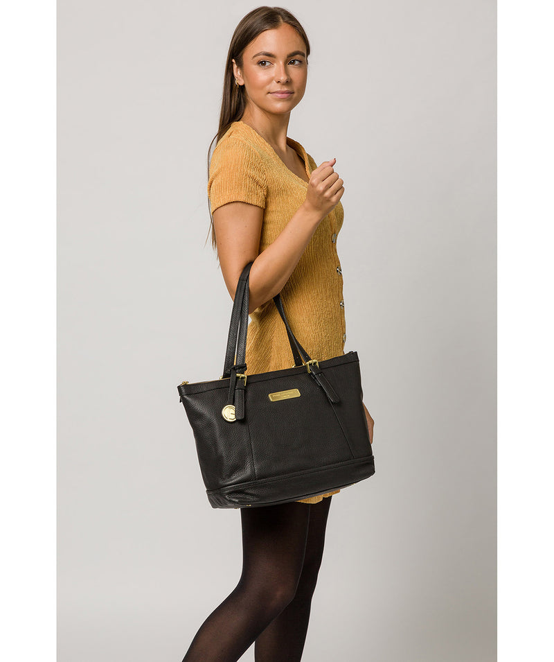 'Truro' Black Quality Leather Tote Bag image 2