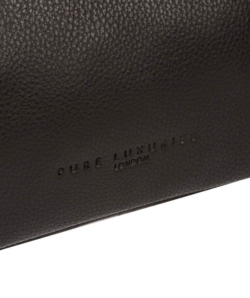 'Fender' Brown Leather Washbag image 6