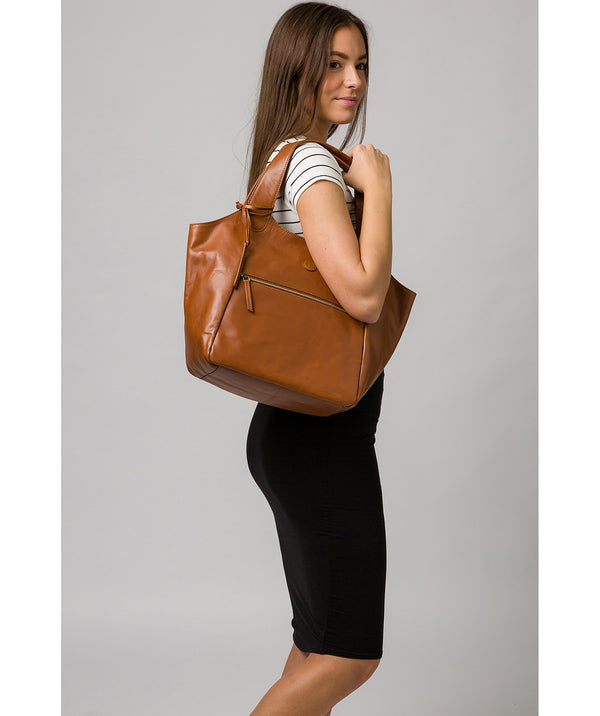 'Loxford' Vintage Dark Tan Leather Tote Bag image 2
