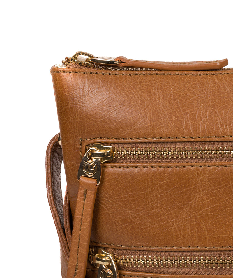 'Gardenia' Saddle Tan Leather Cross Body Bag image 7