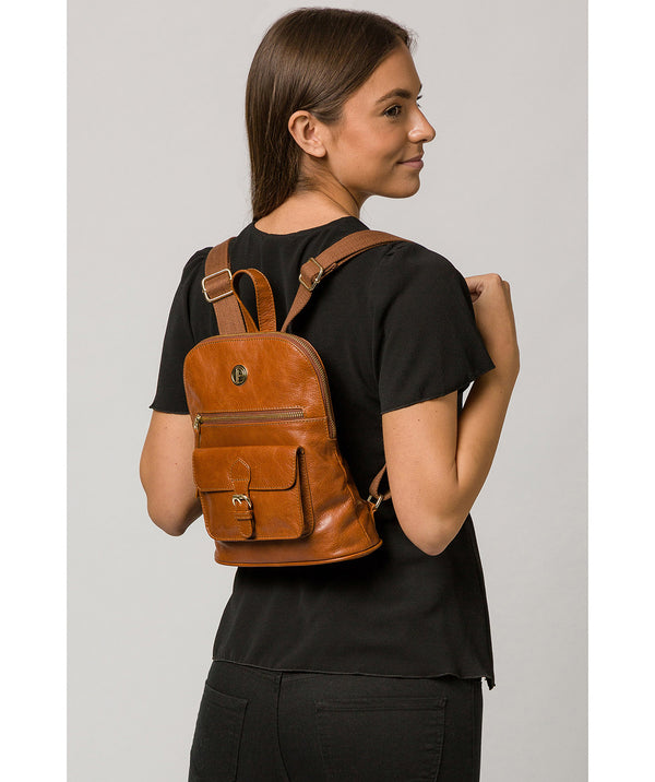 'Zinnia' Hazelnut Leather Backpack image 2