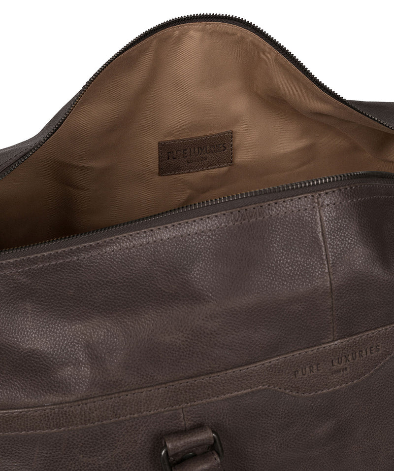 'Blanc' Cocoa Leather Holdall image 4