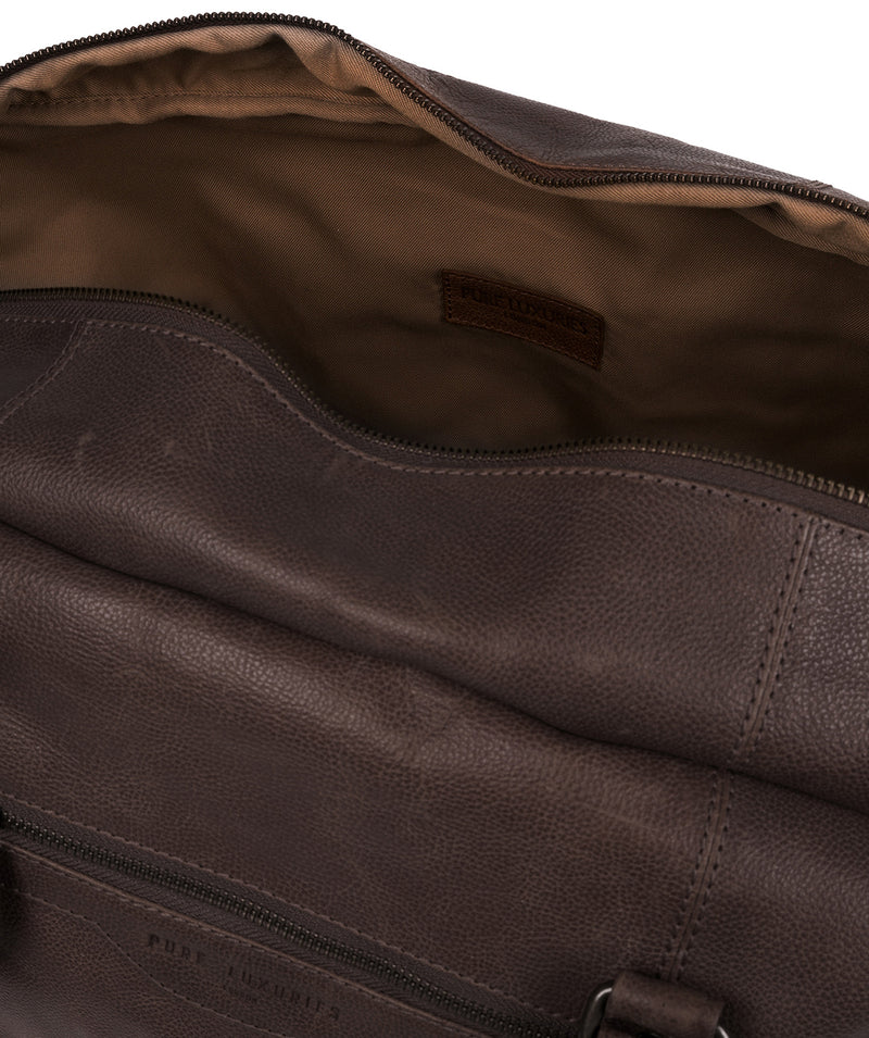 'Snowdon' Cocoa Leather Holdall image 4