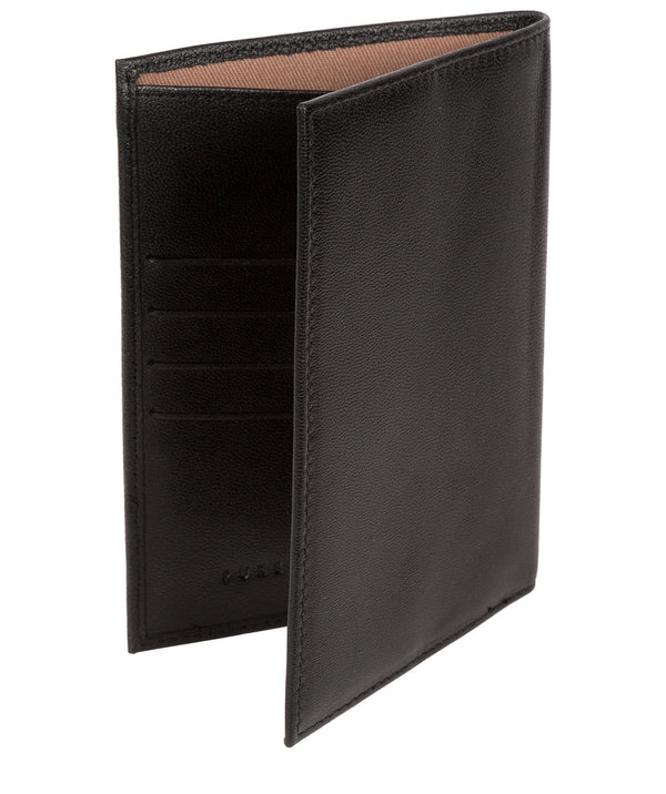 'Plane' Black Leather Passport Holder image 3
