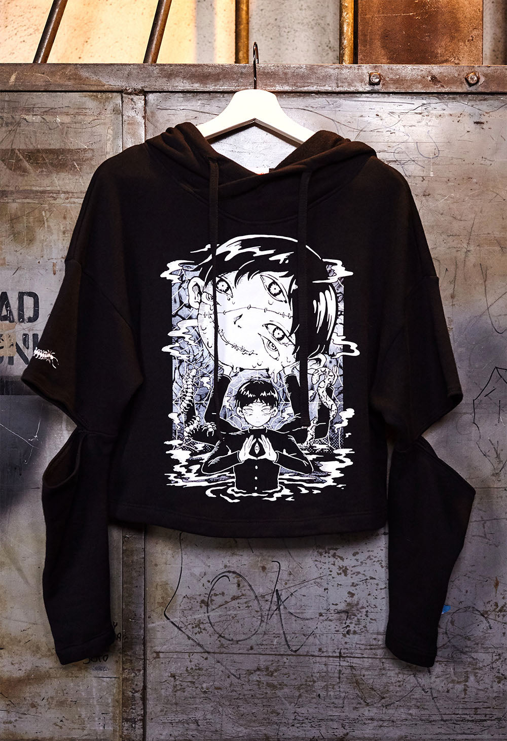HEAVY Cut-Out Hoodie