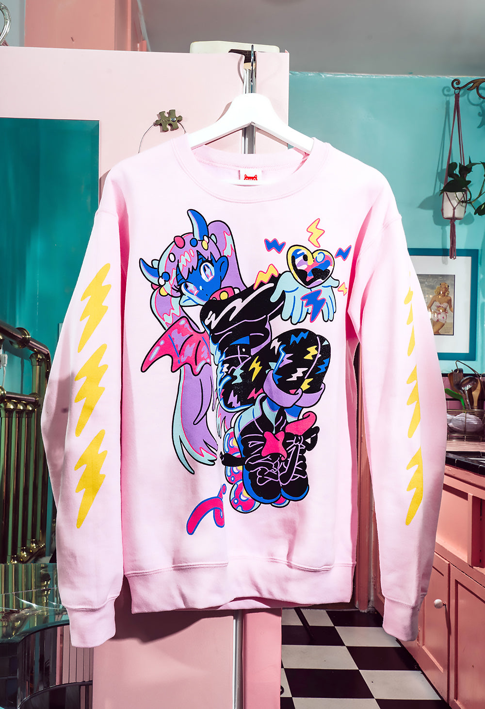 ELECTRIC KISS Sweater