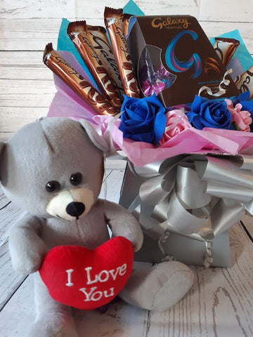 The I Love You Galaxy Chocolate Bouquet Hamper Gift Sweet Box