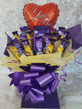 Load image into Gallery viewer, Cadburys Flake Bouquet Hamper Gift Box
