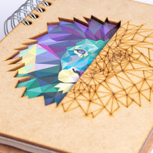 Load image into Gallery viewer, Sustainable 2021 agenda - recycled paper - Lion