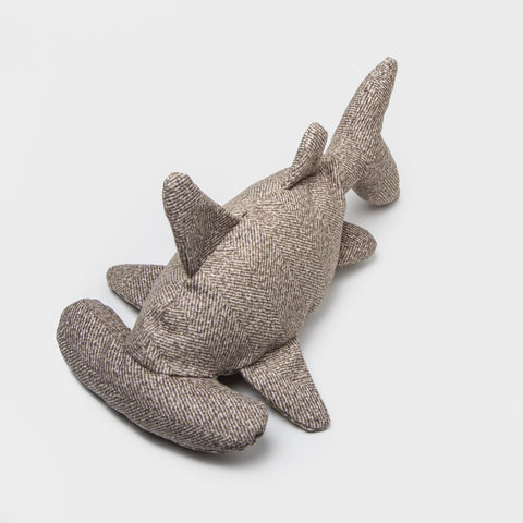Cloud7 Dog Toy Hitch the Shark