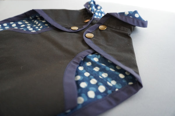 Fetch And Follow Rain Jacket BlockPrinted Black Indigo RunningSpots