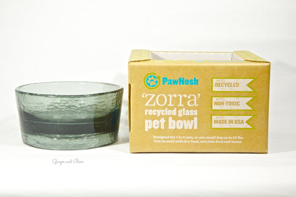 Food and Water bowl: the Zorra in Smoke