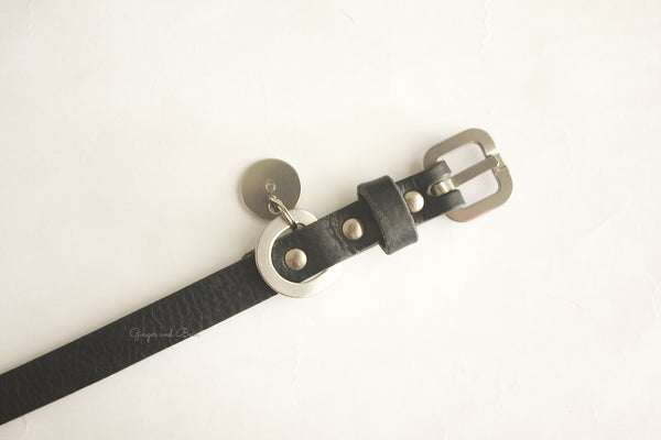 Dog Collar: Black Leather