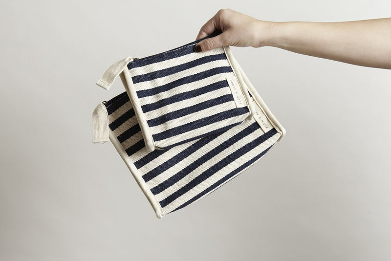 Washbag: Navy Stripe